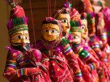Puppet Souvenirs, Jaipur City Palace Complex, India Lámina fotográfica por Walter Bibikow