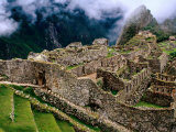 Overview of Terraced Royal Inca Ruins, Machu Picchu, Peru Photographie par Jeffrey Becom