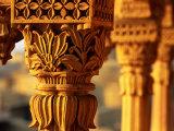 Detail of Carved Sandstone Pillars on Patwon Ki Haveli, Jaisalmer, India Fotografisk tryk af Anthony Plummer