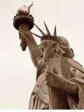 Lady Liberty Lminas por Sasha Gleyzer