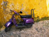 Vespa and Yellow Wall in Old Town, Rhodes, Greece Photographie par Tom Haseltine