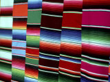 Traditional Blankets at Market, Mexico Fotografiskt tryck av Alexander Nesbitt