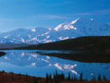 Mt. McKinley Reflecting In Wonder Lake, Denali National Park, Alaska, USA Fotodruck von Dee Ann Pederson