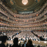 Audience at Gala on the Last Night in the Old Metropolitan Opera House Fotografisk tryk af Henry Groskinsky