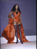 Model Naomi Campbell on Fashion Runway Premium Photographic Print by Dave Allocca