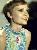 "Actress Mia Farrow During Filming of the Motion Picture ""A Dandy in Aspic"" Premium Photographic Print by Bill Eppridge"