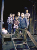 Unemployed Miner Standing with Family, Who Live on Social Security, Poverty in Appalachia Premium fotografisk trykk av John Dominis