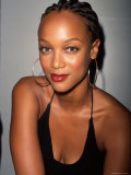 Model Tyra Banks Premium-Fotodruck von Marion Curtis - marion-curtis-model-tyra-banks