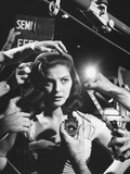 Actress Pier Angeli, Surrounded by Hands From Hair Stylist, Dresser, and Cameraman on MGM Movie Set プレミアム写真プリント : アラン・グラント