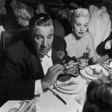 Actor Paul Douglas with Wife Jan Sterling Dining After the 22nd Annual Academy Awards Ceremony Premium Photographic Print by Ed Clark