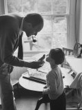 Author Roald Dahl with Son Premium Photographic Print by Leonard Mccombe