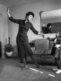 Actress Anne Bancroft Dancing with Her Niece Julie at Her Home Premium Photographic Print by Alfred Eisenstaedt