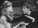 "Actor Michael Crawford and Actress Lynn Redgrave in the Play, ""Black Comedy"" Premium Photographic Print by Bill Eppridge"
