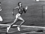 US Runner Wilma Rudolph at Olympics Premium Photographic Print by Mark Kauffman