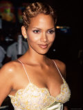 "Actress Halle Berry at Screening of Her HBO Television Film ""Dorothy Dandridge"" Premium Photographic Print by Marion Curtis"