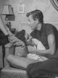 Actor Robert Walker Rehearsing Love Scene with Actress Wife Jennifer Jones on Sofa at Home Premium Photographic Print by John Florea