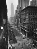 Columns of US Soldiers Marching Independence Day Parade Up 5th Avenue Premium Photographic Print by Andreas Feininger