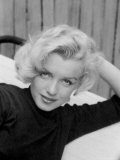 Actress Marilyn Monroe at Home Impresso fotogrfica premium por Alfred Eisenstaedt
