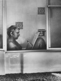 Poet Rod McKuen Writing Song Lyrics in His Bathtub, at Home Premium Photographic Print by Ralph Crane