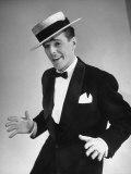Television Star Gower Champion, Strutting His Dance Routine Lámina fotográfica de primera calidad por Nina Leen