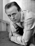 Actor Richard Widmark Posing for a Picture Premium Photographic Print by Nina Leen