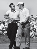 Golfer Jack Nicklaus and Arnold Palmer During National Open Tournament Reproduction sur métal par John Dominis