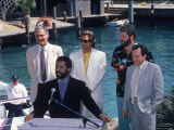 Philip Michael Thomas and Don Johnson at a Press Conference for Miami Vice Premium-Fotodruck von Kevin Winter