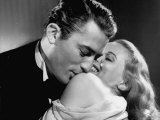 """Gregory Peck Embracing Ann Todd in Publicity Still for Alfred Hitchcock's Film """"The Paradine Case."""" Premium fototryk"""