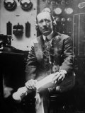 Inventor Guglielmo Marconi Wearing Headphones in Development of Short Wave Wireless Communication Premium Photographic Print