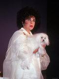 Elizabeth Taylor Holding Dog Premium Photographic Print