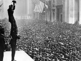 Douglas Fairbanks and Charlie Chaplin in Front of Crowd to Promote Liberty Bonds, New York City Premium Photographic Print