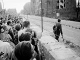 W. Berlin Citizens Crowding Against Nascent Berlin Wall in Russian Controlled Sector of the City Premium Photographic Print by Paul Schutzer