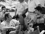 Charlton Heston and Senta Berger Taking a Break During the Filming of Major Dundee Impressão fotográfica premium por Bill Ray