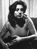 Anna Magnani in Her Rome Apartment Premium Photographic Print by Gjon Mili