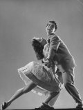 Dancers Kaye Popp and Stanley Catron Demonstrating the Lindy Hop Premium-Fotodruck von Gjon Mili