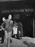 "People Outside of Packed Ritz Movie Theater Showing ""Gone with the Wind"" Premium Photographic Print by David Scherman"