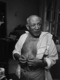 Informal Portrait of Artist Pablo Picasso at Notre Dame de Vie, His Home in Mougins Premium Photographic Print by Gjon Mili