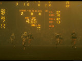 Green Bay Packers' Paul Hornung Eluding Baltimore Colt's Defense to Score 5th Touchdown of Game Premium Photographic Print by Art Rickerby