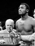 John Shearer - Boxer Joe Frazier at the Weigh in for His Fight Against Muhammad Ali - Birinci Sınıf Fotografik Baskı