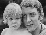 Donald Sutherland with Son Kiefer Kunst på  metal af Co Rentmeester