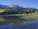 Mountains Reflected in Lost Lake, Crested Butte, Colorado, USA Fotografie-Druck von Cindy Miller Hopkins