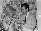 Dusty Springfield with Bobby Vee Exchange Autographs at the Their One Night Stand Show, March 1964 Photographie
