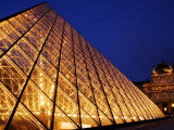 Grande Pyramide at the Musee Du Louvre, Paris, France Photographic Print by Glenn Beanland