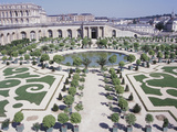 Beautiful Ornamental Garden in Front of Gorgeous Palace Photographic Print
