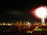 Labor Day Festival Fireworks, Maumee River Photographic Print by Jeff Greenberg