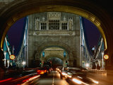 Traffic on Tower Bridge at Night, London, England Fotografie-Druck von Richard I'Anson