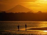 Sunset at Noosa Heads, Noosa, Australia Fotodruck von Peter Hendrie