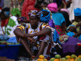 A Woman Selling Oranges at the Albert Market in Banjul, Banjul, Western, Gambia, The Photographic Print by Ariadne Van Zandbergen