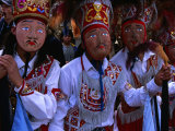 Costumed Dancers At The Fiesta De La Virgen Del Carmen, Pisac, Cuzco, Peru Lmina fotogrfica por Grant Dixon