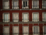 Balconies Overlooking Plaza Mayor, Madrid, Spain Fotografie-Druck von Damien Simonis